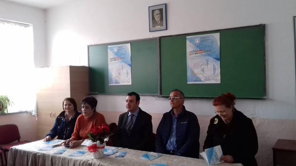 Komisioneri Gajda dhe shefi i UNICEF vizitë pune në qarkun e Korçës